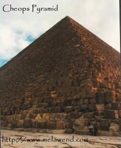 aaaaaaaaaaaaaaa - couple at pyramid full