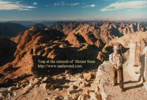 dd - Tom backpack atop Mount Sinai