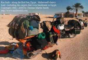 EGYPT - Sinai - d - melawend load carpets to Sinai  BMW