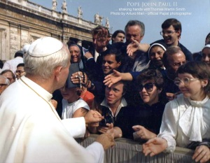 ITALY VATICAN 1- MH - Pope John Paul shakes hands with Tom Smith